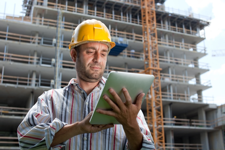 Contractor Working Mobile Solutions